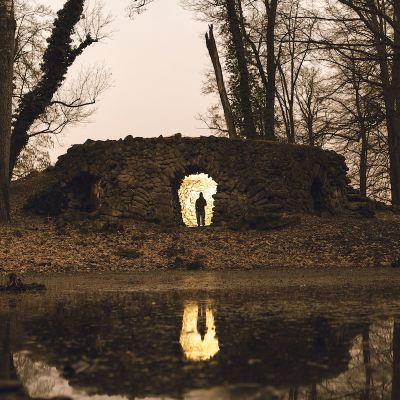 Jaskyňa v krupskom parku